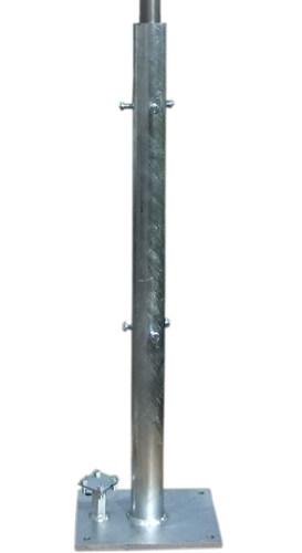 Подставка металлическая для молниеприемной мачты